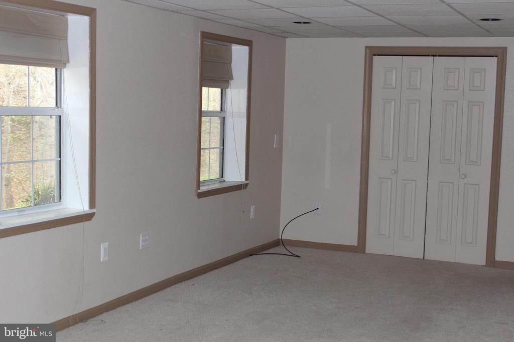 Bright basement - 13 HARRY CT, STAFFORD