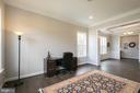 sitting room or office - 40871 HAYRAKE PL, ALDIE