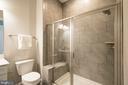 1st floor full bath - 40871 HAYRAKE PL, ALDIE