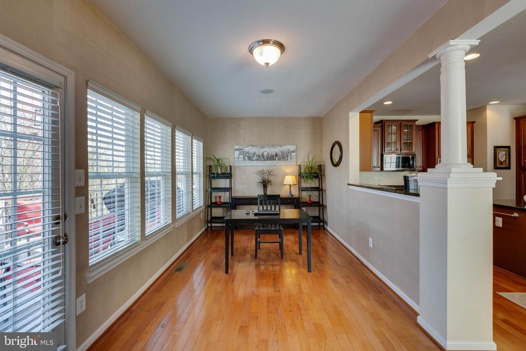 Sunroom off Kitchen - 41752 CYNTHIA TER, ALDIE