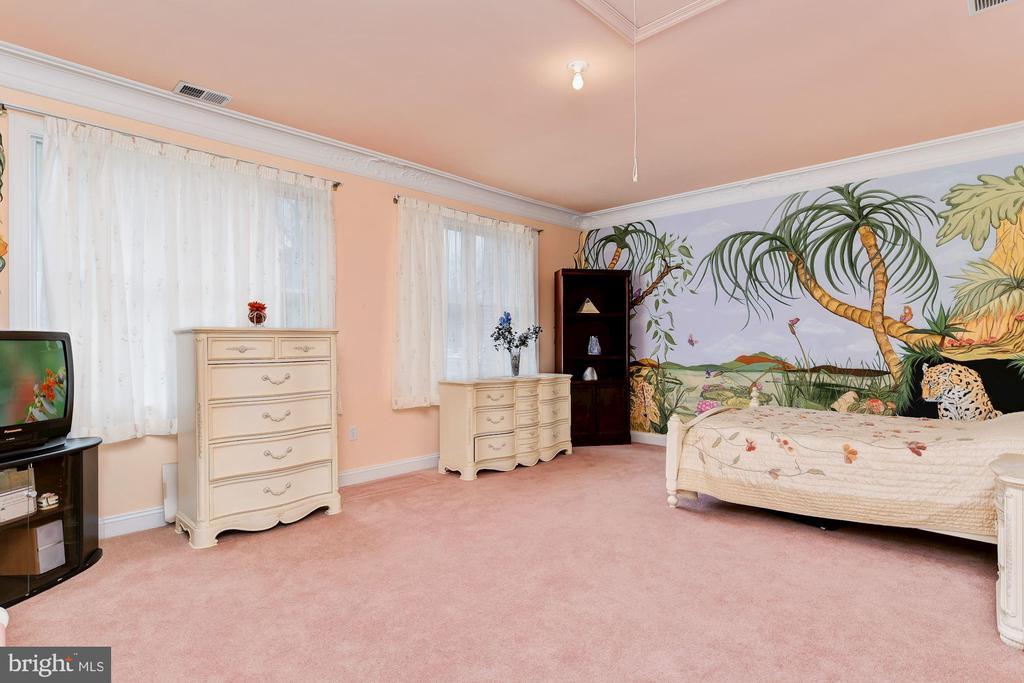 En-Suite Bedroom  Bedroom 5 - 11536 MANORSTONE LN, COLUMBIA