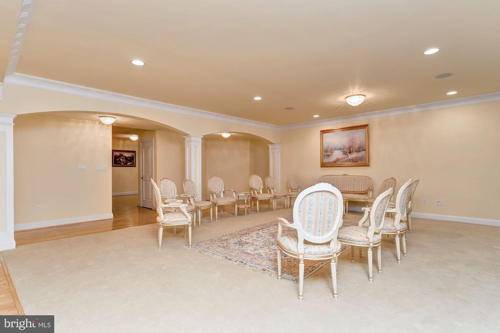 Lower Level Gathering /Family Room - 11536 MANORSTONE LN, COLUMBIA