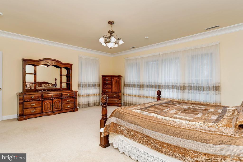 En-Suite Bedroom  7 - 11536 MANORSTONE LN, COLUMBIA