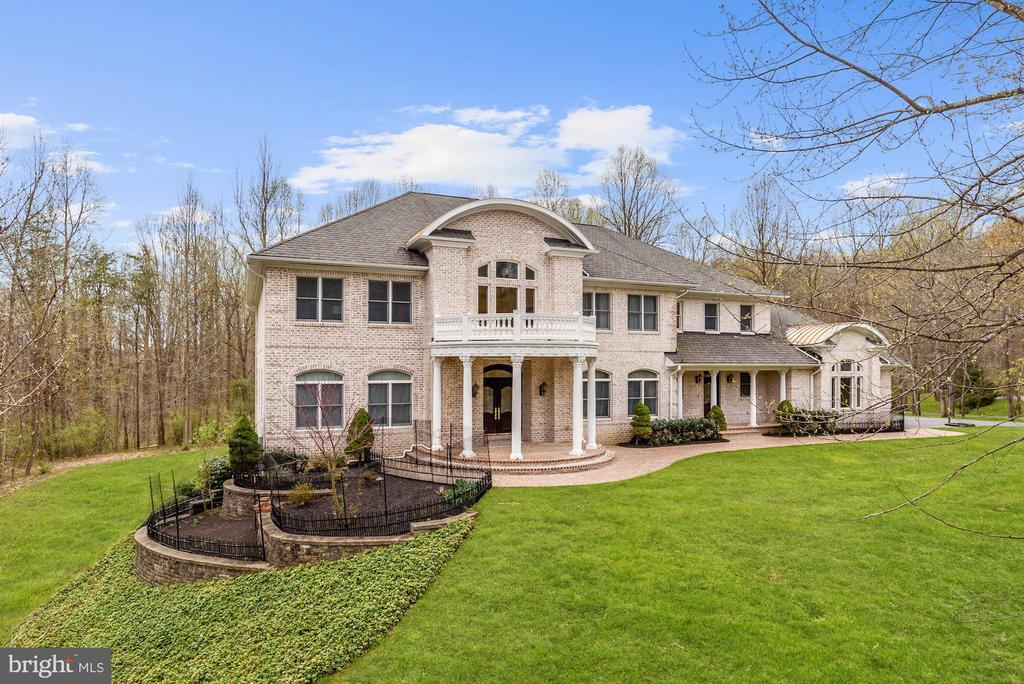 Welcome Home to 11536 Manorstone Lane - 11536 MANORSTONE LN, COLUMBIA