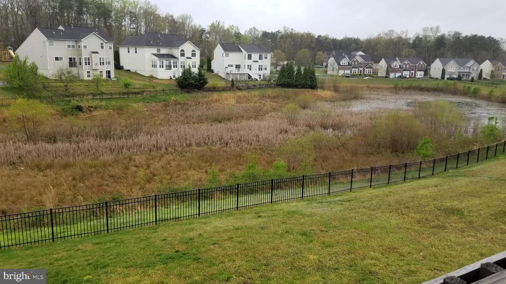 picture of back yard and view - 30 BISMARK DR, STAFFORD
