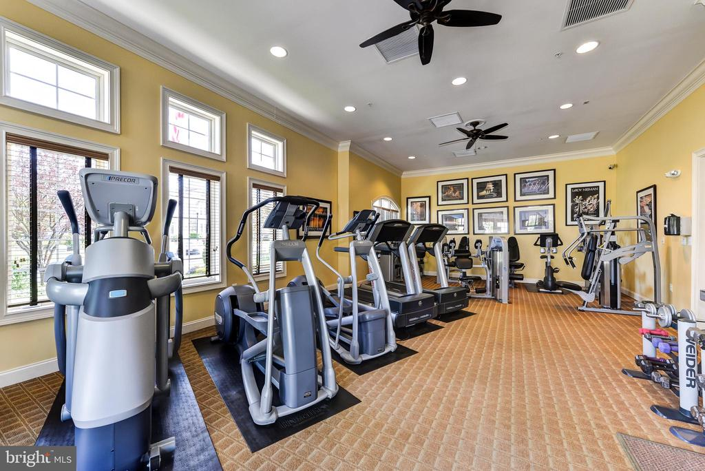 Clubhouse Fitness Center - 8709 WARM WAVES WAY #3, COLUMBIA