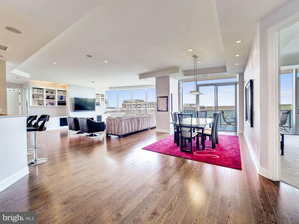 Stunning Open Floor plan with 10' Ceilings - 1881 N NASH ST #1902, ARLINGTON