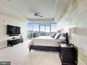 Amazing Master Suite - 1881 N NASH ST #1902, ARLINGTON