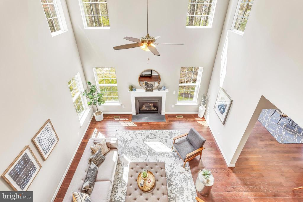 Two-story great room from 2nd floor - 10407 DEL RAY CT, UPPER MARLBORO