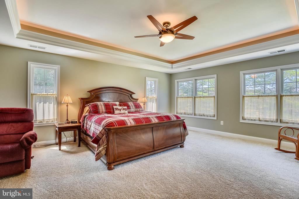 Recessed Ceiling with Soft-Cove Lighting & Fan - 15579 WOODGROVE RD, PURCELLVILLE