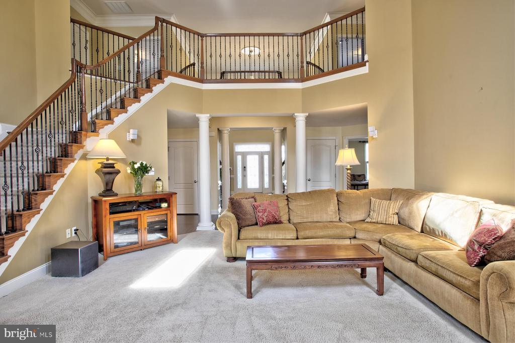 Rear second stair case - 4607 EXMOORE CT, UPPER MARLBORO