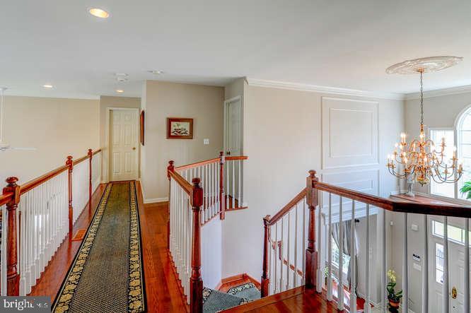 Upstairs Hallway - 4 TERRY CT, HAMILTON