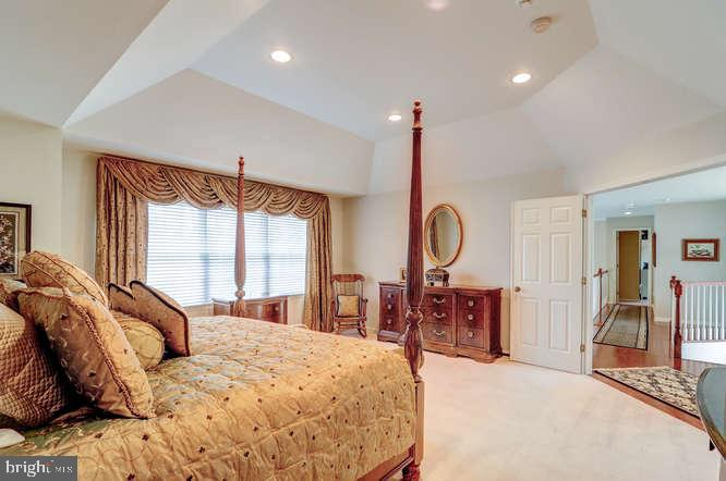 Master Bedroom - 4 TERRY CT, HAMILTON