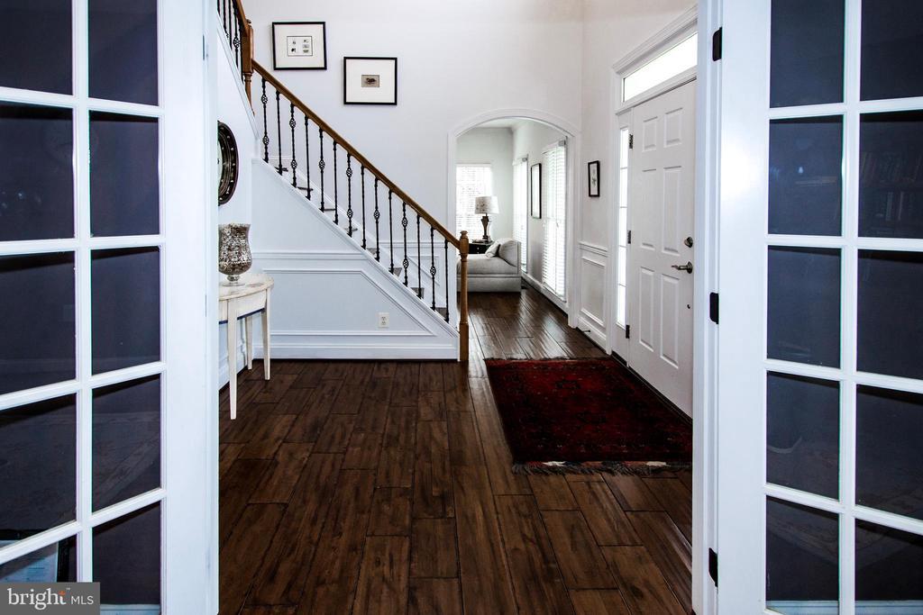 Upgraded Floors & Lighting  throughout- - 14974 MERRITT FARM LN, LEESBURG