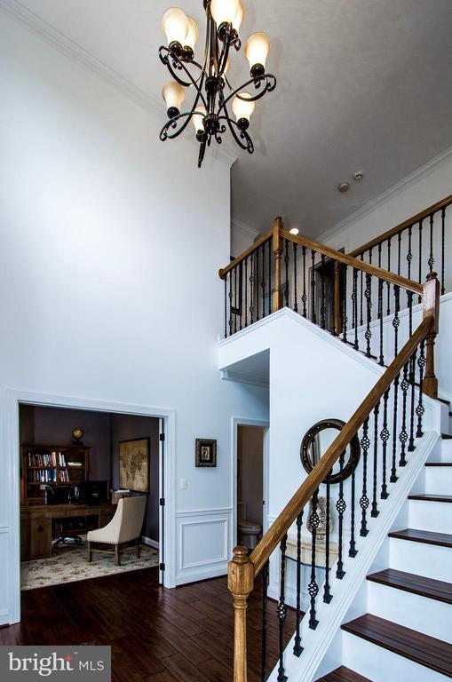 Stunning & Renovated Custom Home- - 14974 MERRITT FARM LN, LEESBURG