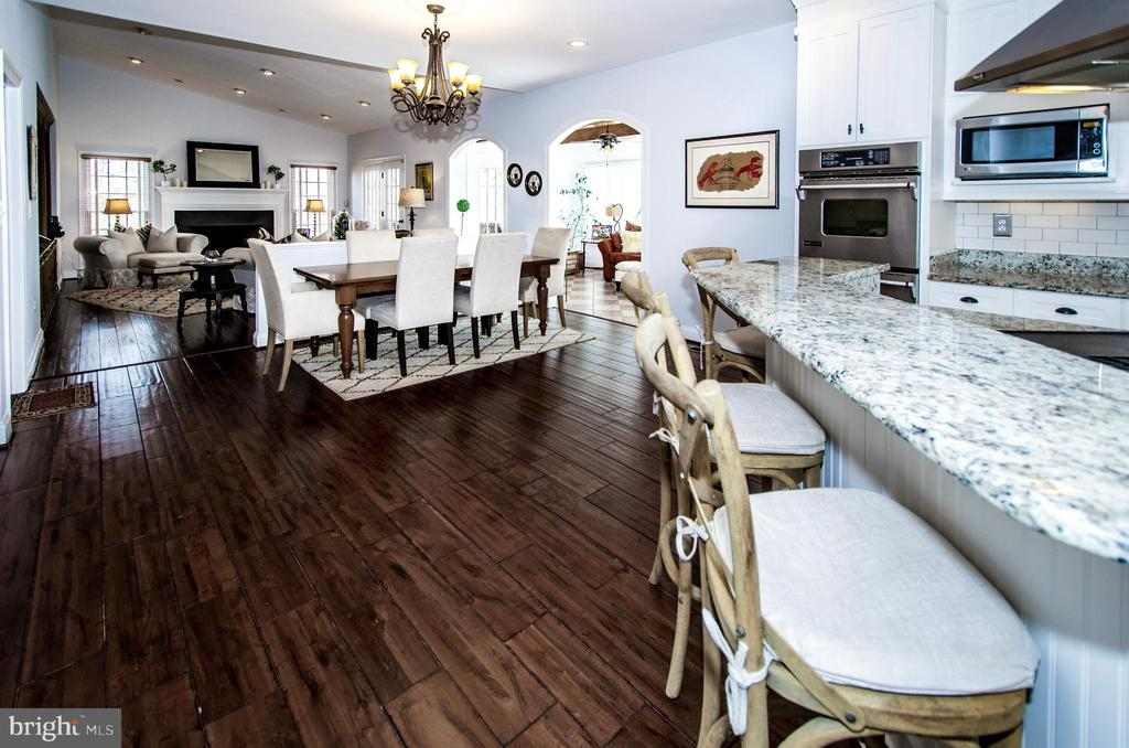 The Rear Open Concept of this home is Stunning- - 14974 MERRITT FARM LN, LEESBURG