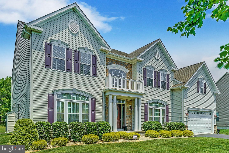 Частный односемейный дом для того Продажа на 26 CARRIAGE WAY Barnegat, Нью-Джерси 08005 Соединенные ШтатыВ/Около: Barnegat