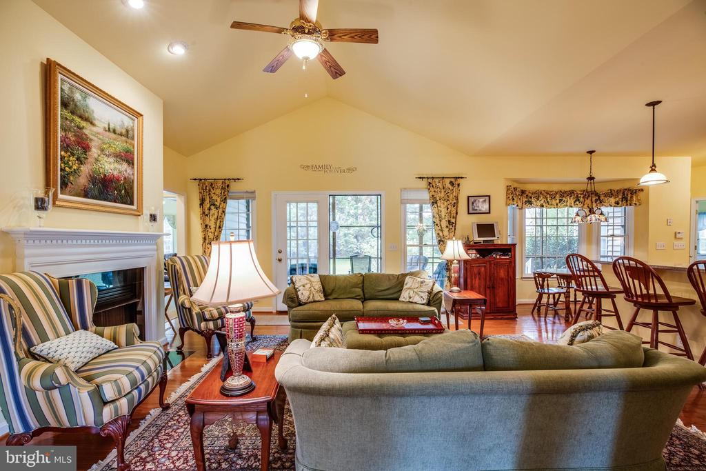 Open floor plan - 7803 TRANQUILITY CT, SPOTSYLVANIA