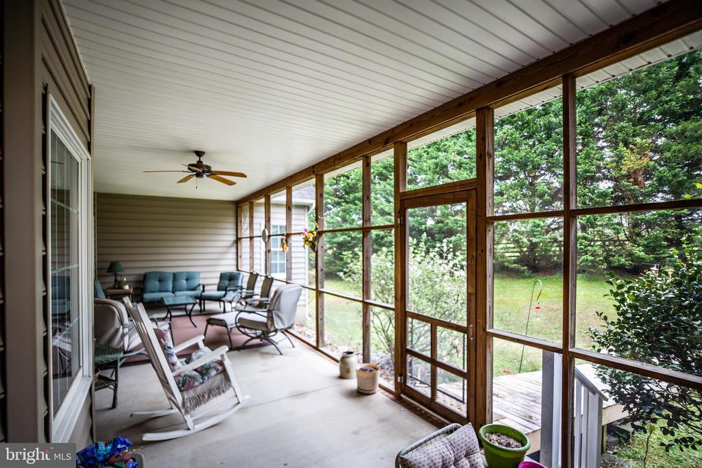 Huge Screened porch - 7803 TRANQUILITY CT, SPOTSYLVANIA