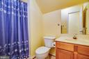Upper 1 Full bath - 7803 TRANQUILITY CT, SPOTSYLVANIA