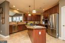 Gourmet kitchen - 19976 AUGUSTA VILLAGE PL, ASHBURN