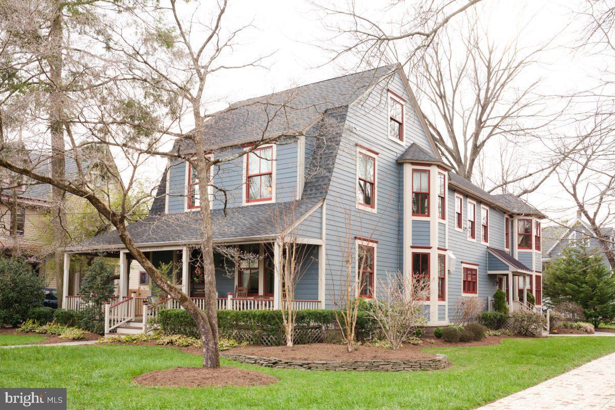 Частный односемейный дом для того Продажа на 300 WASHINGTON Avenue Haddonfield, Нью-Джерси 08033 Соединенные Штаты