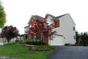 - 42277 PROVIDENCE RIDGE DR, CHANTILLY