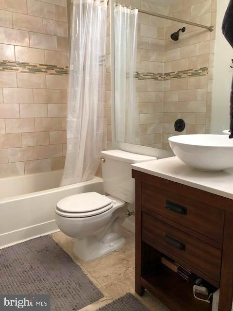 Master Bath - 1136 HUNTMASTER TER NE #102, LEESBURG