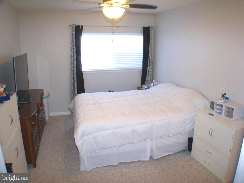 Master Bedroom - 1136 HUNTMASTER TER NE #102, LEESBURG