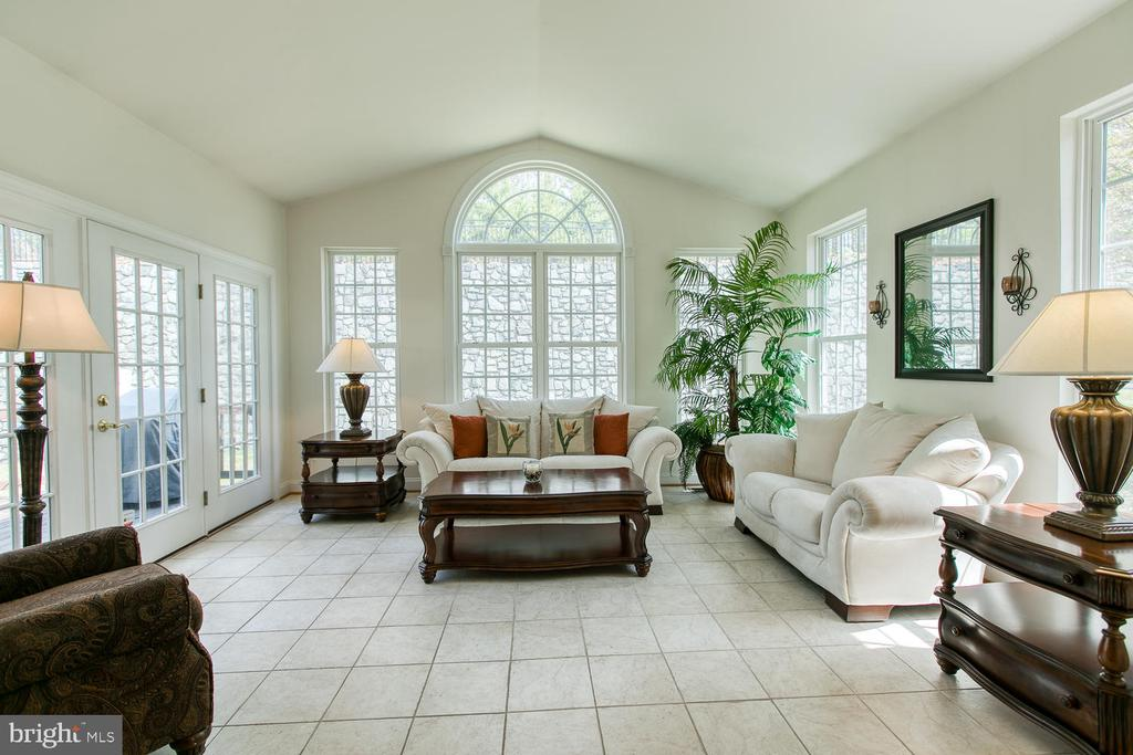 Sunroom - 3412 WOOLFENDEN CT, TRIANGLE