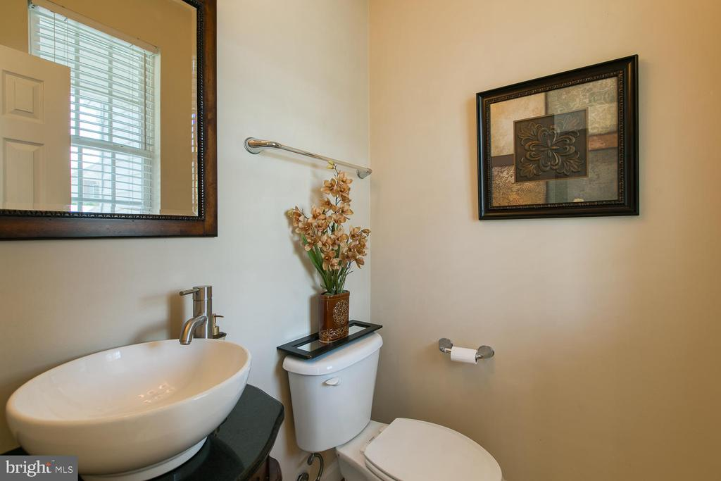 Half Bath, Main Floor - 3412 WOOLFENDEN CT, TRIANGLE