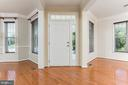 Entryway w/large windows and tons of natural light - 18911 MIATA LN, TRIANGLE