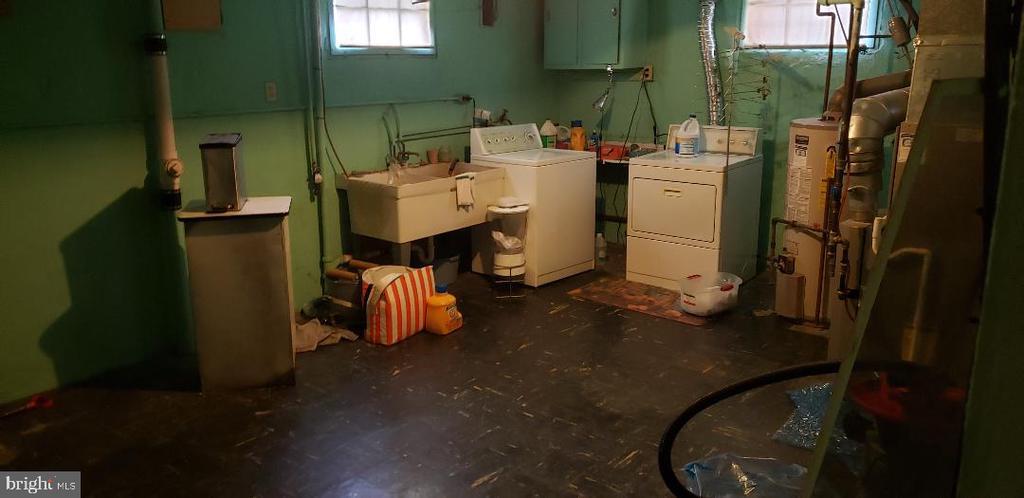 Laundry Room - 1355 TEWKESBURY PL NW, WASHINGTON