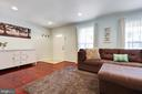 There are recessed lights and so many windows! - 13677 BARREN SPRINGS CT, CENTREVILLE