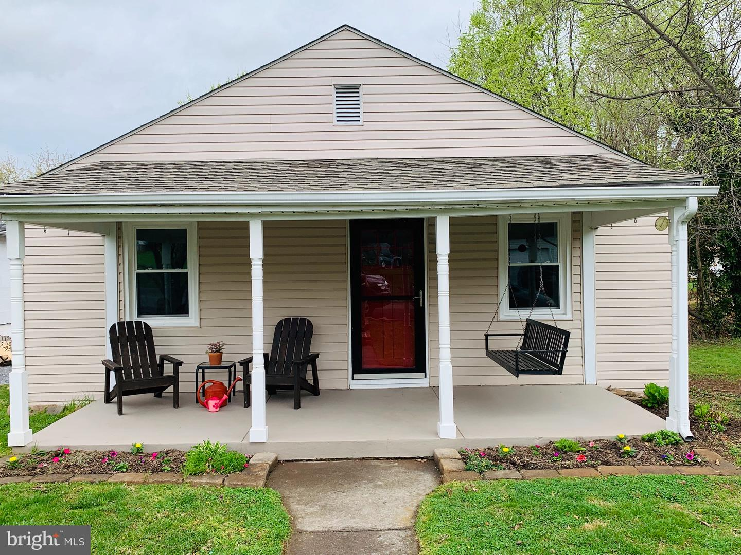 Single Family for Sale at 1460 Anderson St Front Royal, Virginia 22630 United States