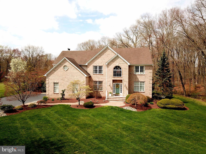 Villa per Vendita alle ore 14 CLEARWATER Drive Allentown, New Jersey 08501 Stati UnitiIn/In giro: Upper Freehold Township