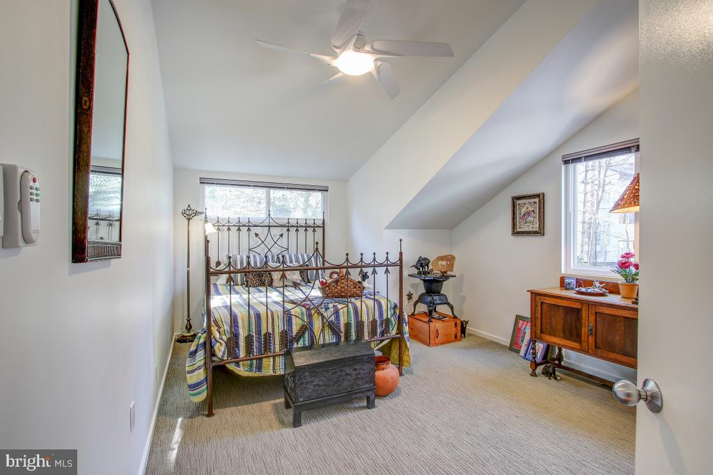 Bedrooms have ceiling fans - 2258 COMPASS POINT LN, RESTON