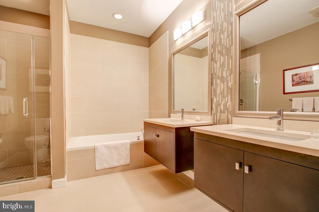 Fully updated Master Bath - 12025 NEW DOMINION PKWY #302, RESTON