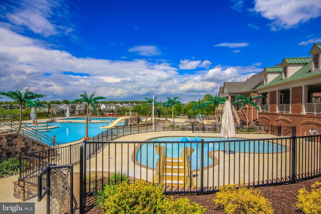 Great pool - community - 9163 LANDON HOUSE LN, FREDERICK