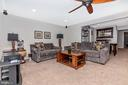 Huge family room - 2921 MILL ISLAND PKWY, FREDERICK