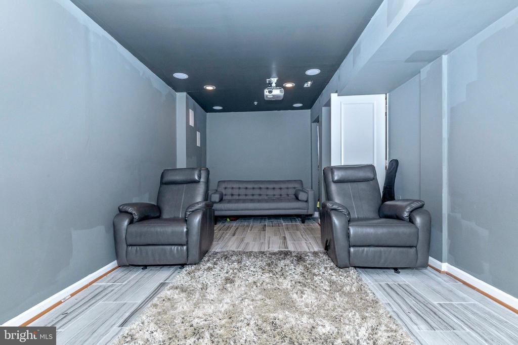 Entertainment room - 2921 MILL ISLAND PKWY, FREDERICK