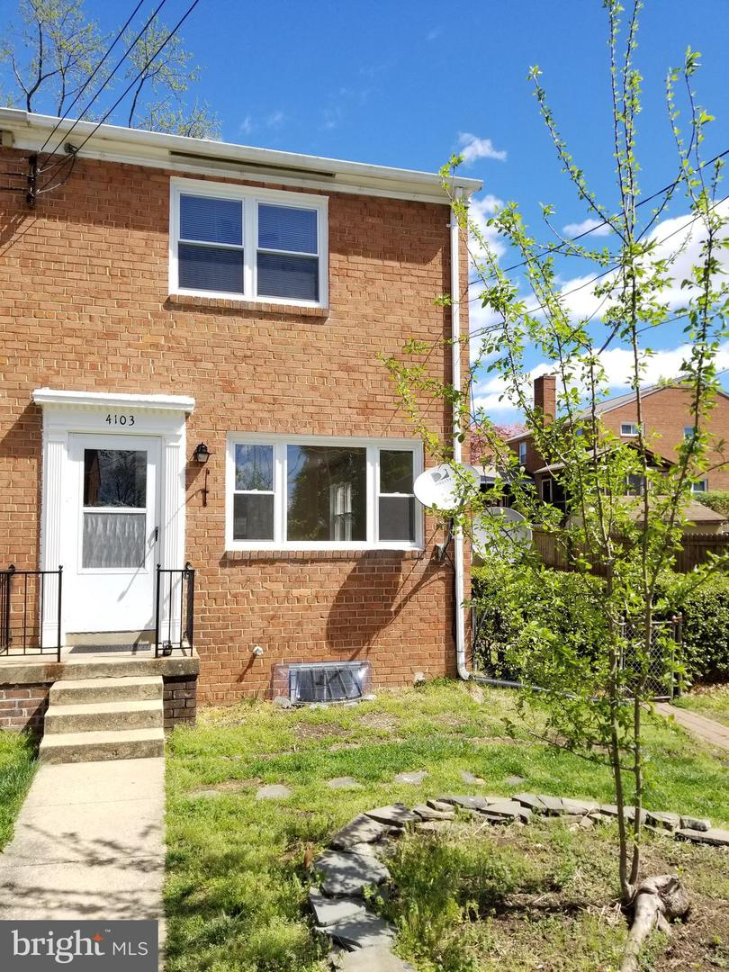 other residential homes for Rent at 4103 Usher Ave 4103 Usher Ave Alexandria, Virginia 22304 United States