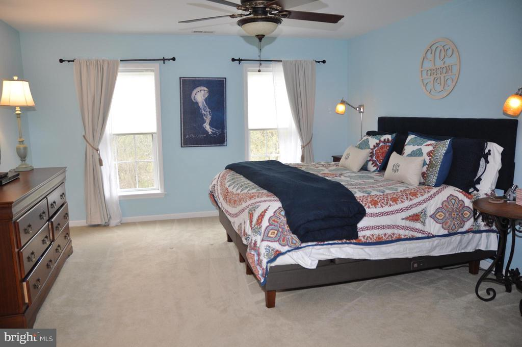 Master bedroom - 38834 LIME KILN RD, LEESBURG