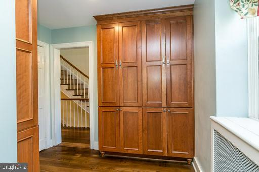 Lots of storage in the mudroom - 1009 WINDING WAY, BALTIMORE