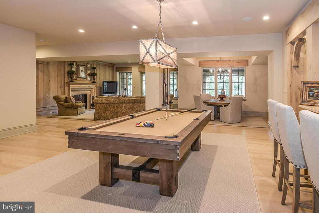 Open Lower Level Perfect For Entertaining - 6126 FRANKLIN PARK RD, MCLEAN