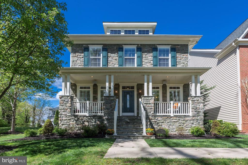 5933  EMBRY SPRING LANE, one of homes for sale in Kingstowne
