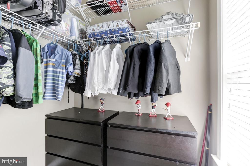 Bedroom 3 Closet - 5933 EMBRY SPRING LN, ALEXANDRIA