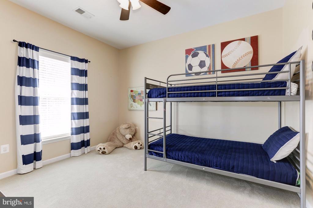 Bedroom 3 - 5933 EMBRY SPRING LN, ALEXANDRIA