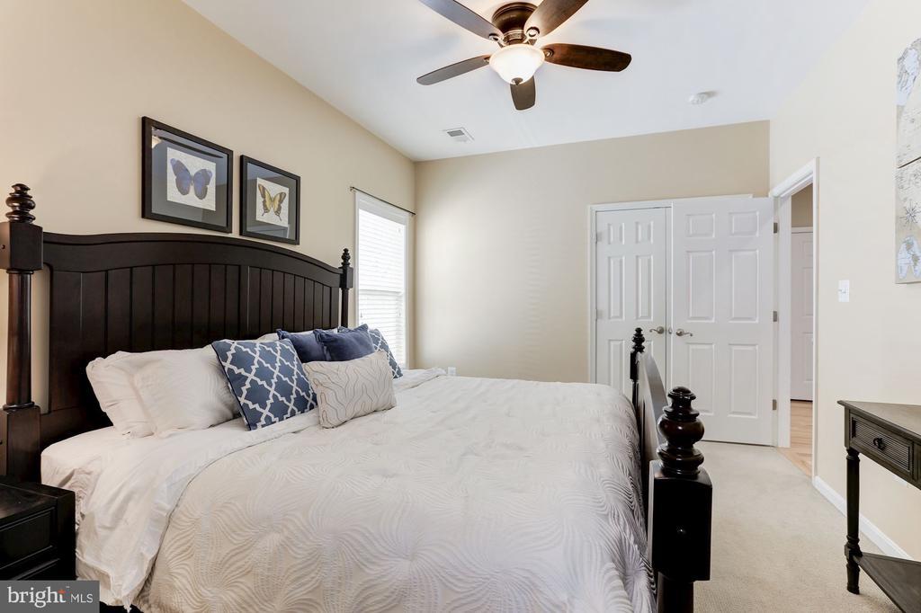 Bedroom 2 - 5933 EMBRY SPRING LN, ALEXANDRIA