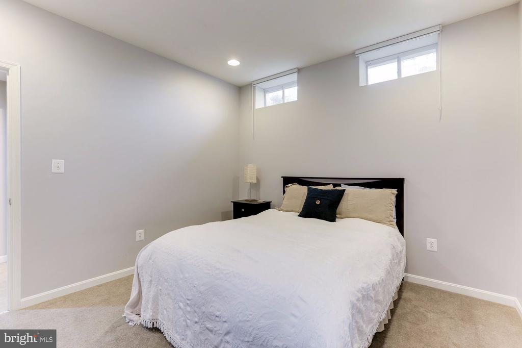 Lower Level Bedroom - 5933 EMBRY SPRING LN, ALEXANDRIA